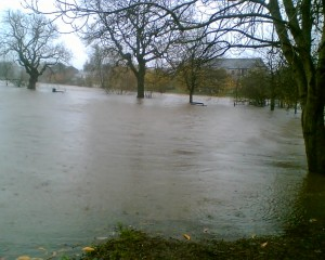 river dewent floods into memorial gardens